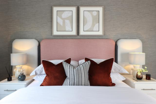 55252 Master Bedroom 2
