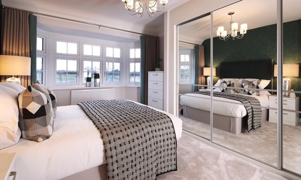 51612 - Master bedroom 1