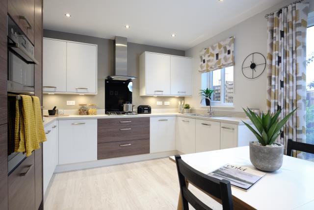 48810 - Main kitchen