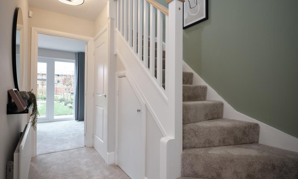 52953 - Downstairs hall