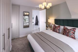 53439 - Master bedroom