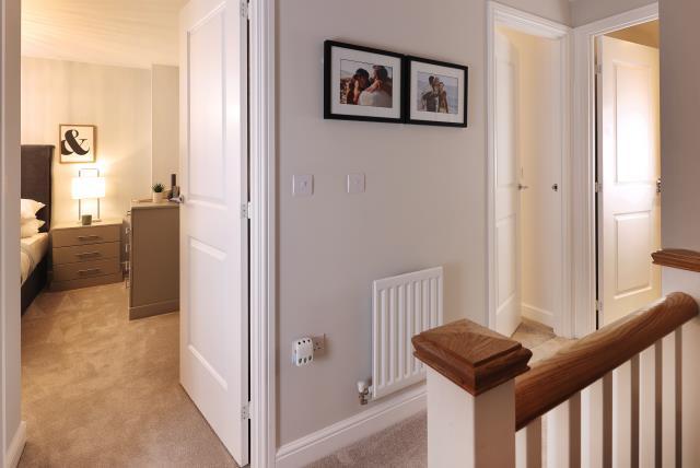 53444 - upstairs hallway