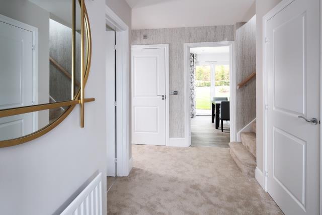 47499 - Downstairs hallway