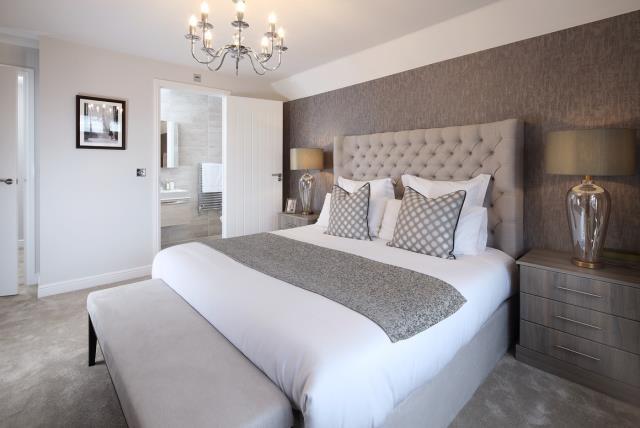 50187 - Main Bedroom