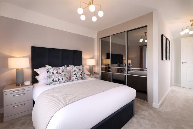 51113- Main bedroom