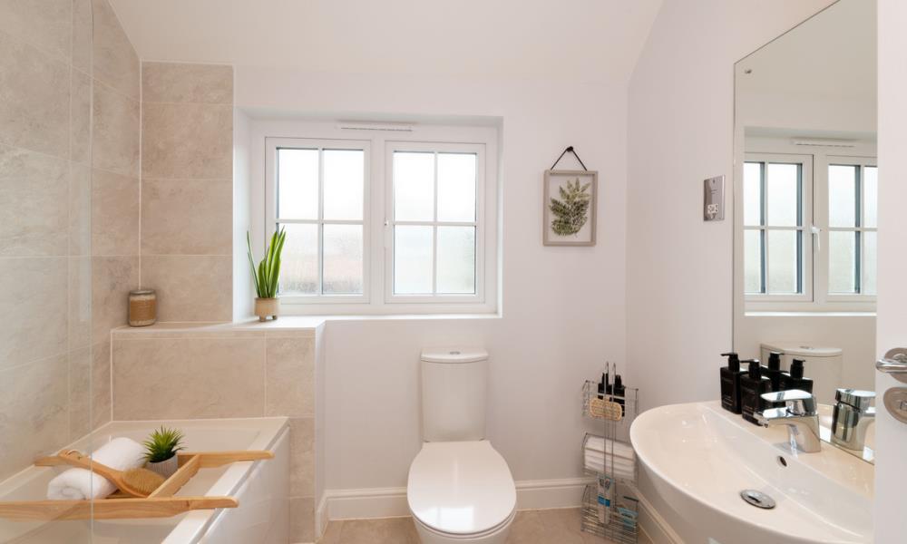 51896- Bathroom