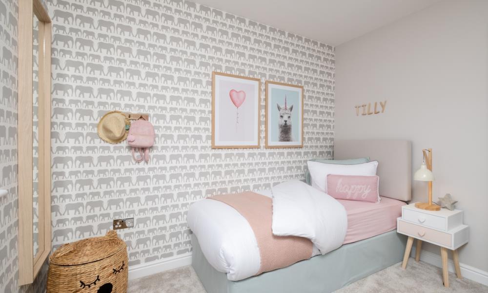 Redrow MonchelseaPark Canterbury Bedroom4 2655