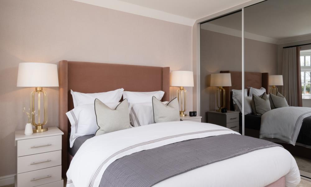 Redrow MonchelseaPark Stratford Bedroom1 3002