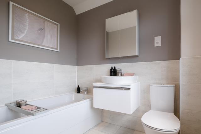 Redrow MonchelseaPark Stratford Bedroom1 Ensuite 3005