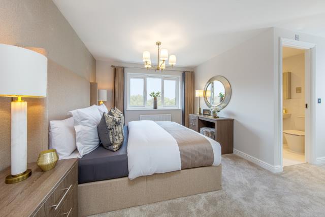 52185- Master Bedroom