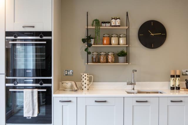 52194- Kitchen