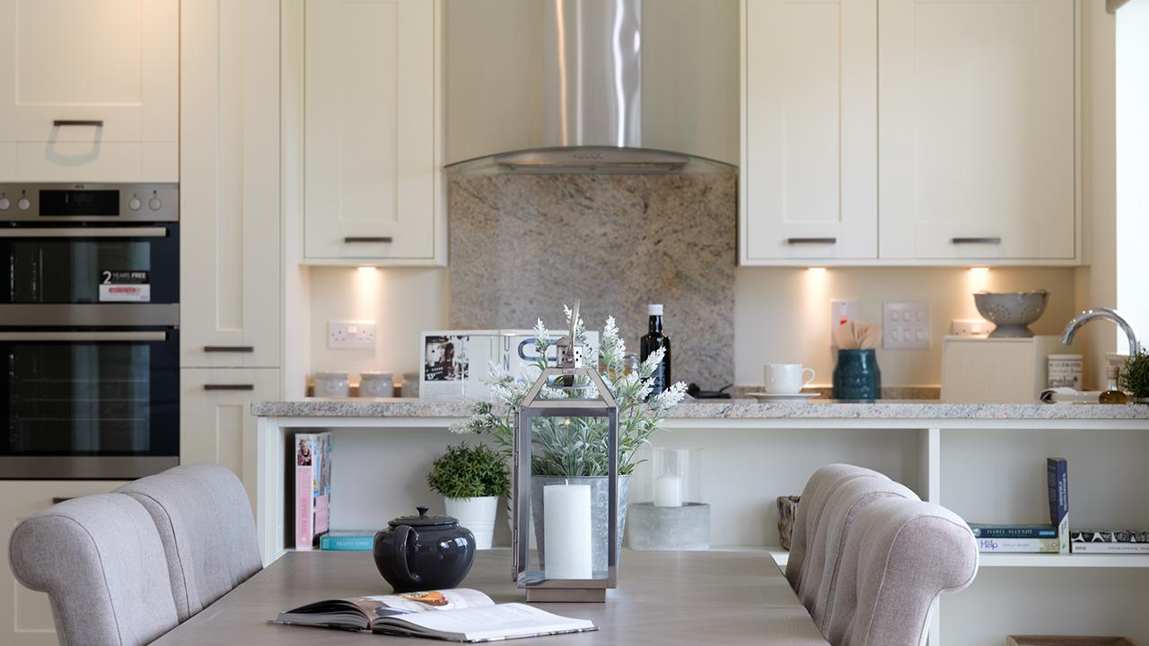 CP-Balmoral-Kitchen-44134 v3