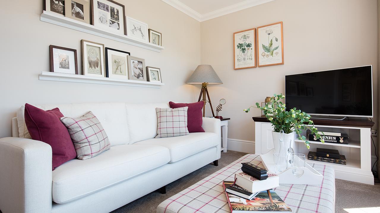 CP-Balmoral-Living Room-34039