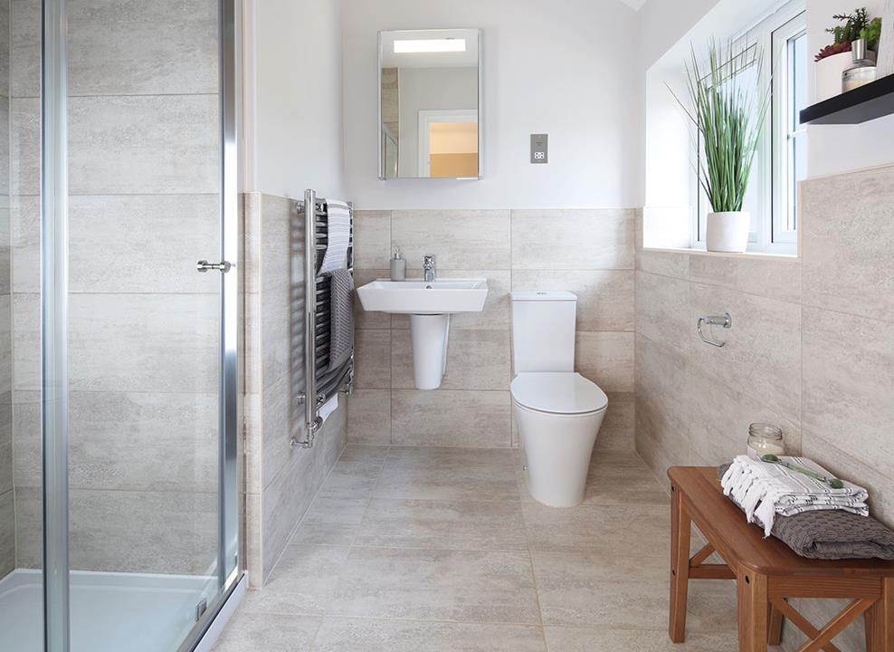 CP-Harrogate-lifestyle-shower-room-47537