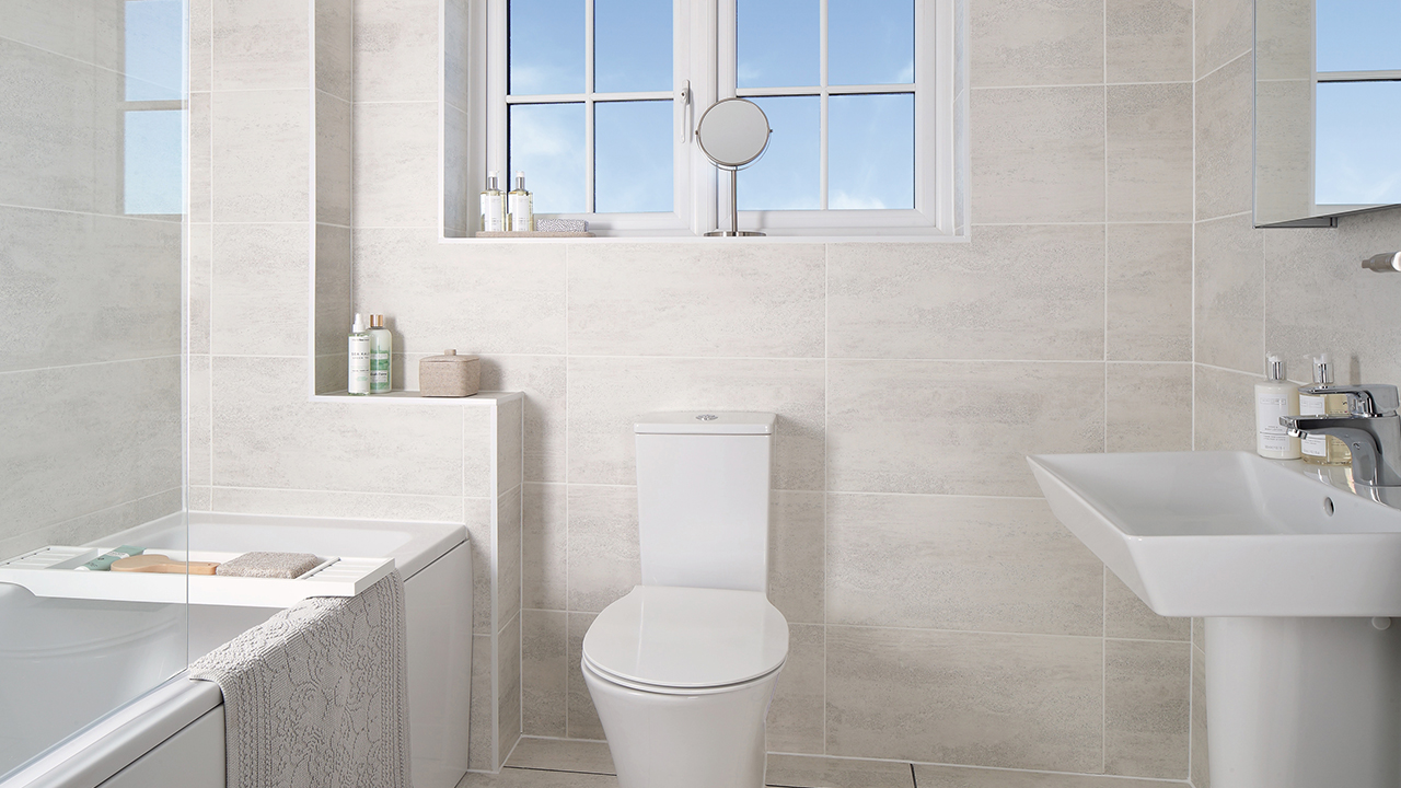 CP - Henley - bathroom - 46282