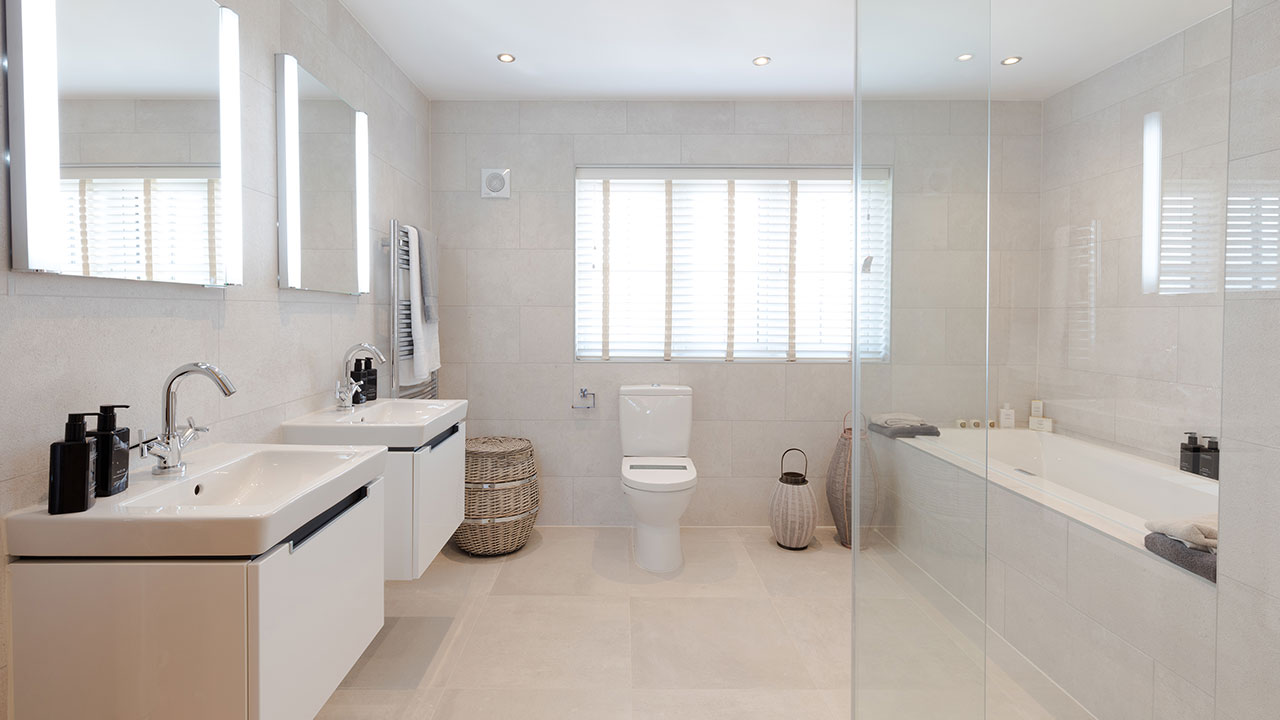 CP-Highgrove-bathroom-32985