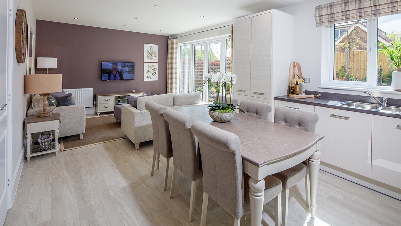 CP-Leamington-Kitchen-Living-43002