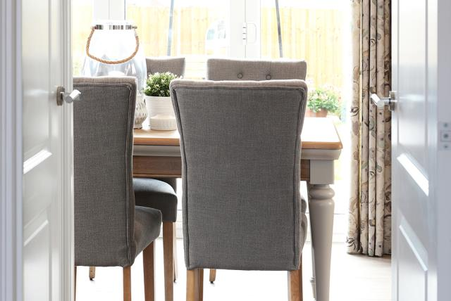 CP-Oxford Lifestyle-Dining Room-45411