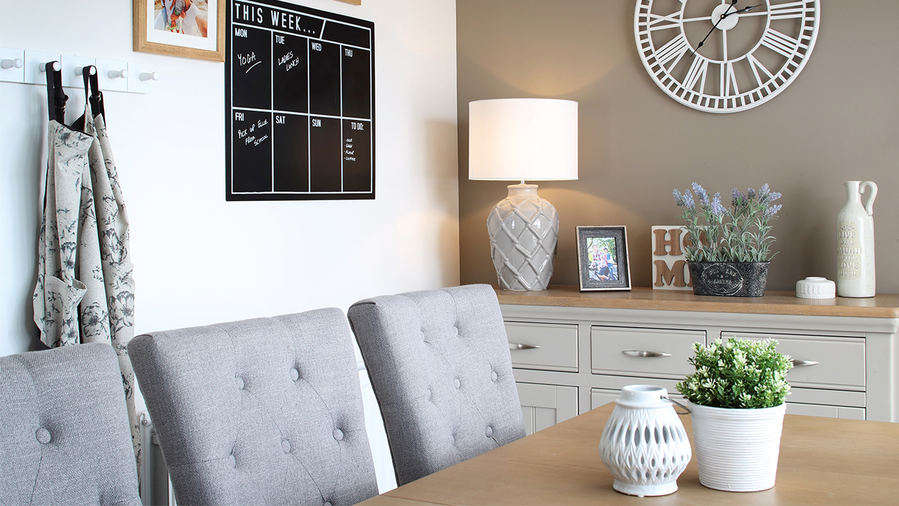 CP-Oxford Lifestyle-Dining Room-Misc-45420