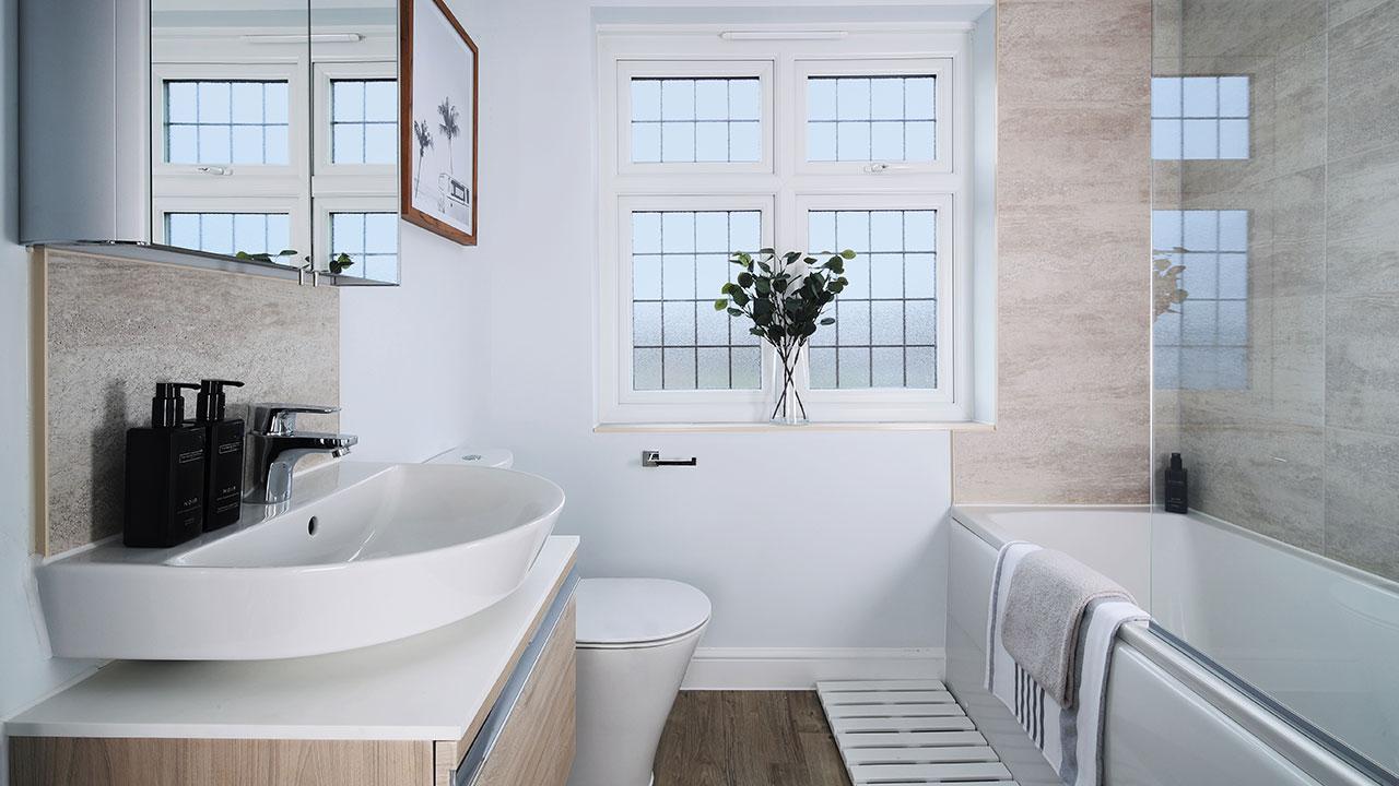 CP-Warwick-Bathroom-46878