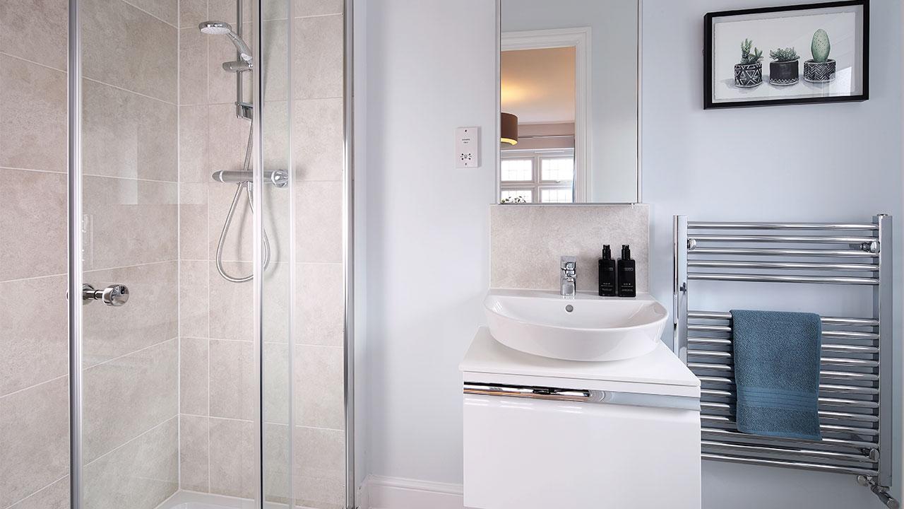CP-Warwick-Bathroom1-46895