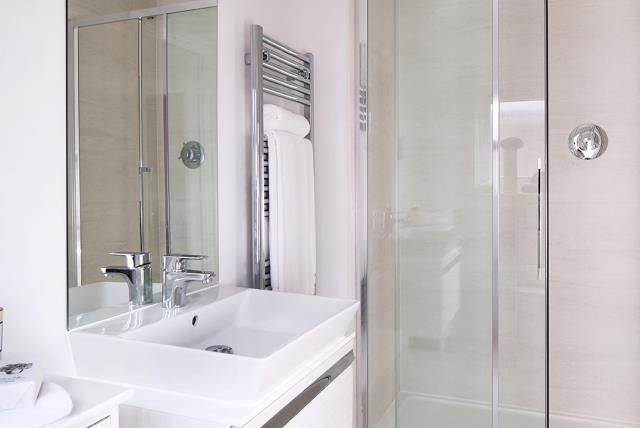 CP-Welwyn-Bathroom-40666