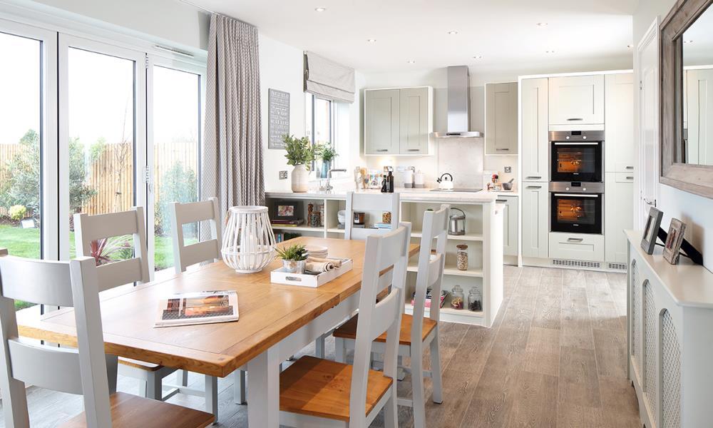 CP-Welwyn-Kitchen-Dining-40640