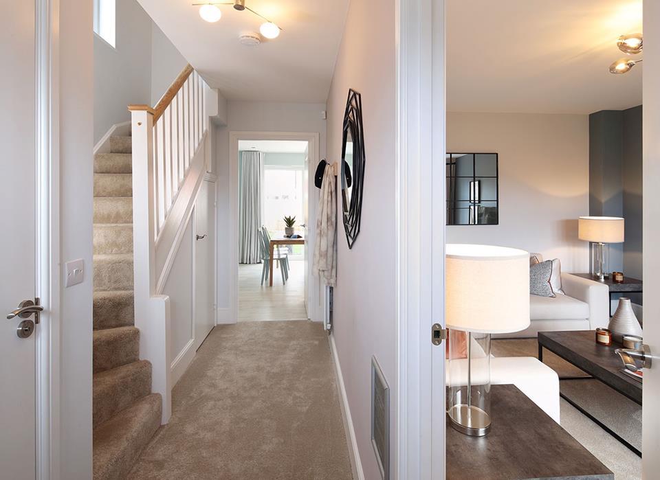 Warwick-hallway-46888