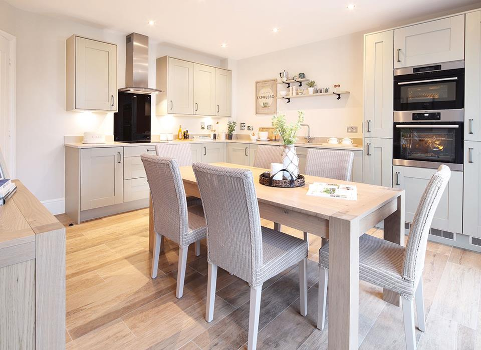 ClarenceFields-Marlow-Kitchen-Dining-46378