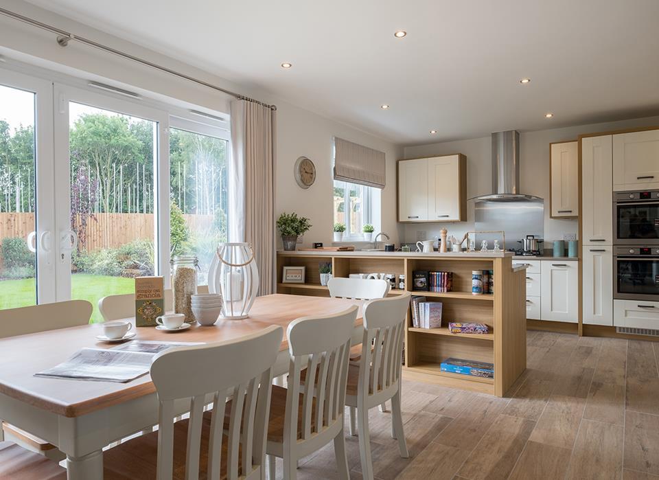 Henmore Gardens-kitchen-37779