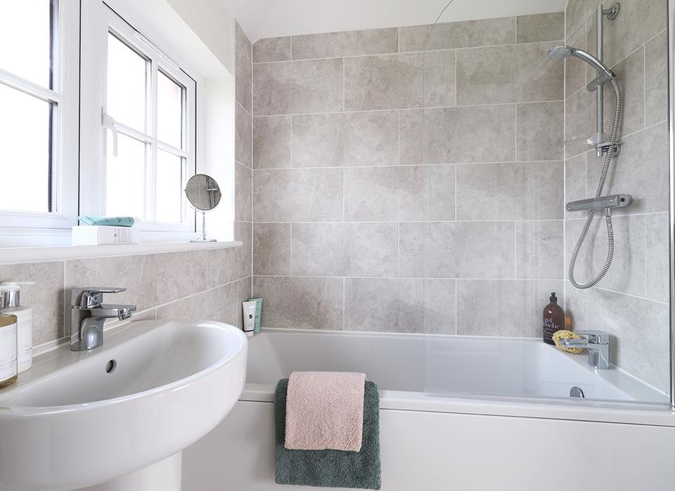 MeadowView-Ludlow-Bathroom-38507