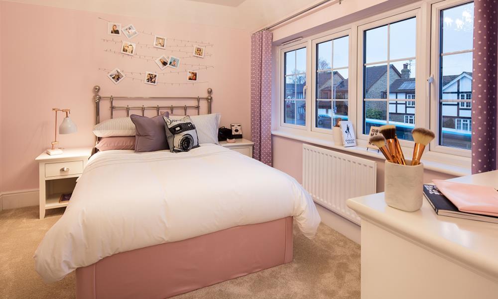Rayne Gardens - Shaftesbury - 42332 - bedroom