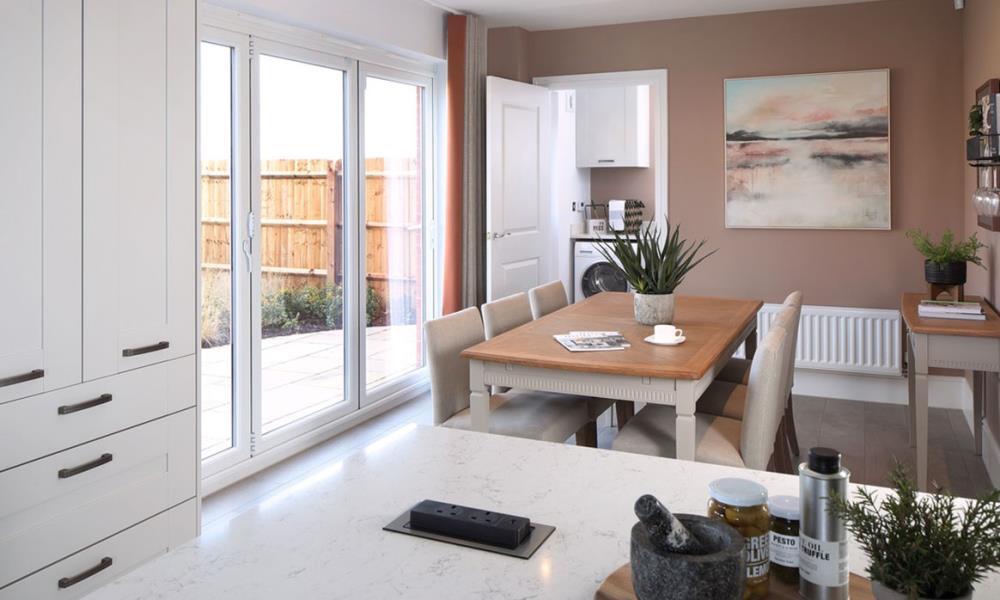 Harrogate-kitchen-dining-51577