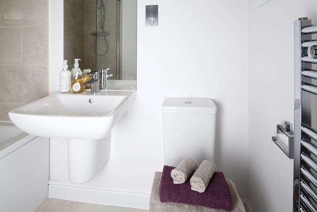 27843 - bathroom
