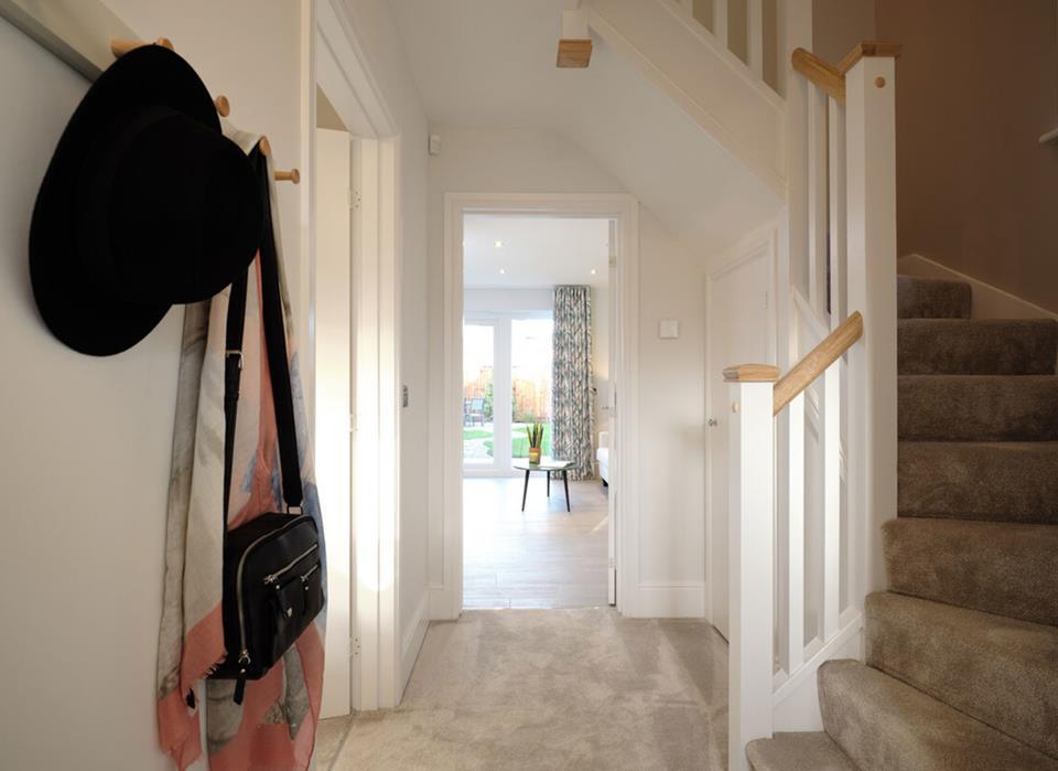 50103-hallway