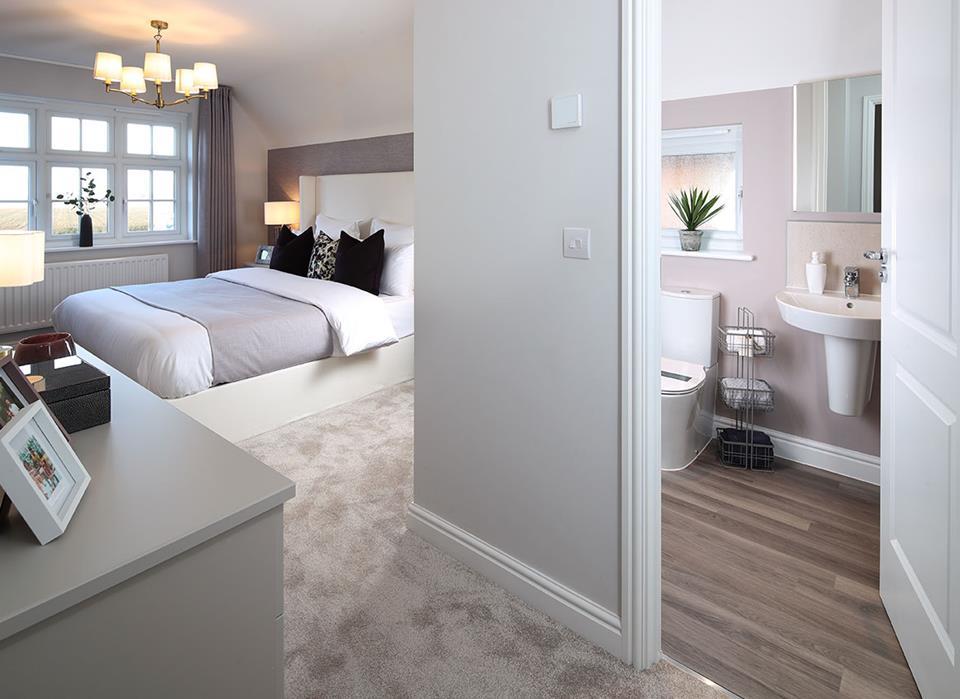 BedroomEnSuite52027