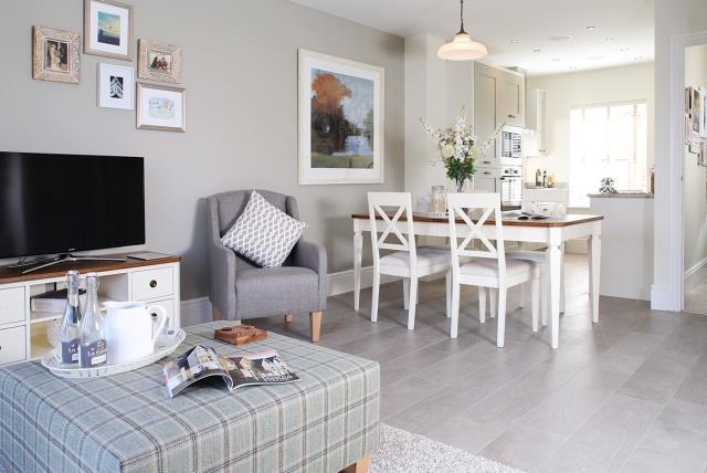 Claremont-living-kitchen-32157