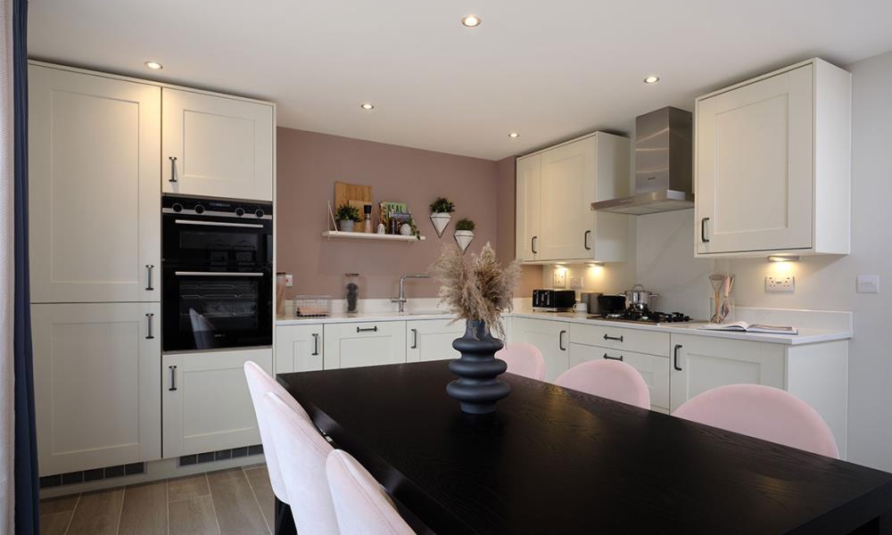 Alconbury-Weald-Amberley-Ruthin-kitchen-dining-53210