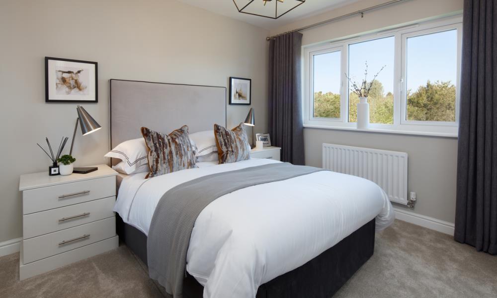 52256-bedroom