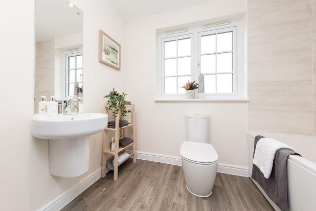 Littleton-bloxham-bathroom-45657