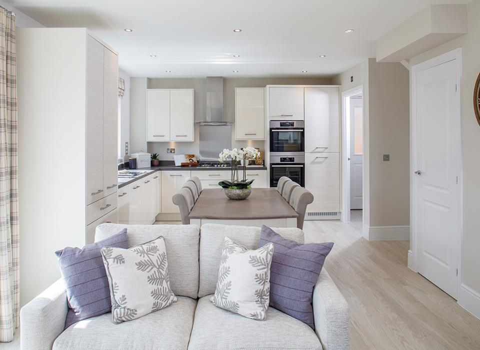 Lucas-cambridge-kitchen-dining-living-43005