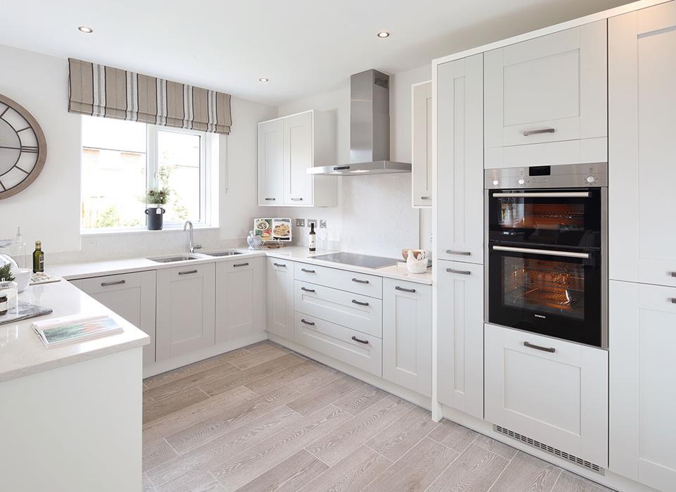 Cwrt-Sant-Ioan-Henley-Kitchen-42977