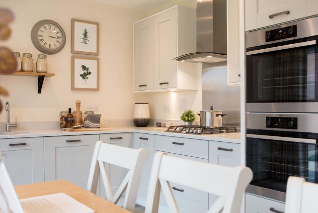 45658 - kitchen