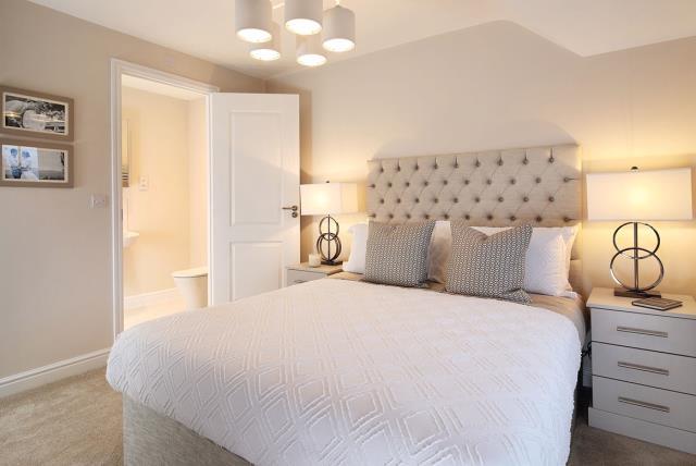 Wye-bedroom-46417