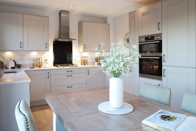 Wye-kitchen-dining-46414