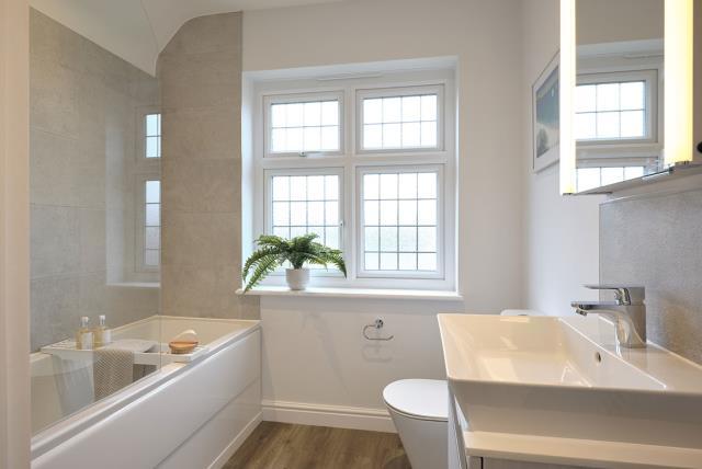 Bathroom-48801