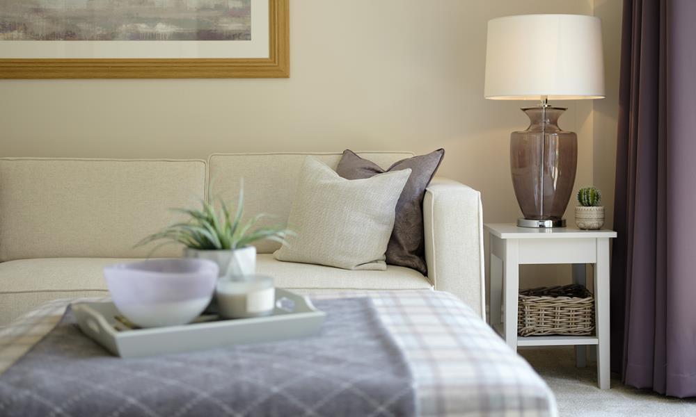 Avon - Lounge-feature-44161