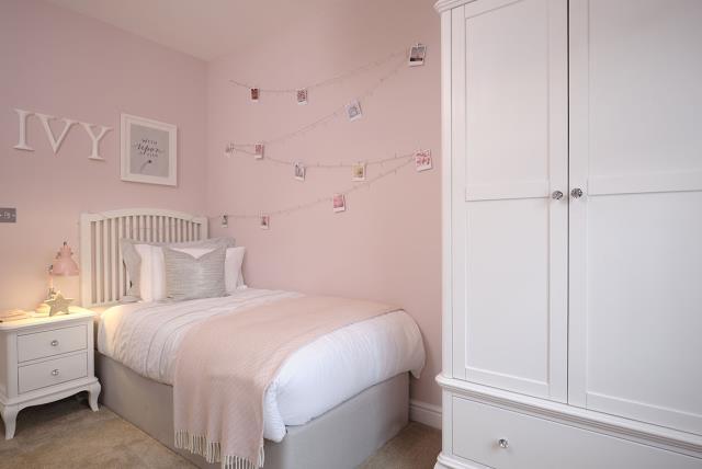 FrenchayGradens-Lancaster-Bedroom-46596