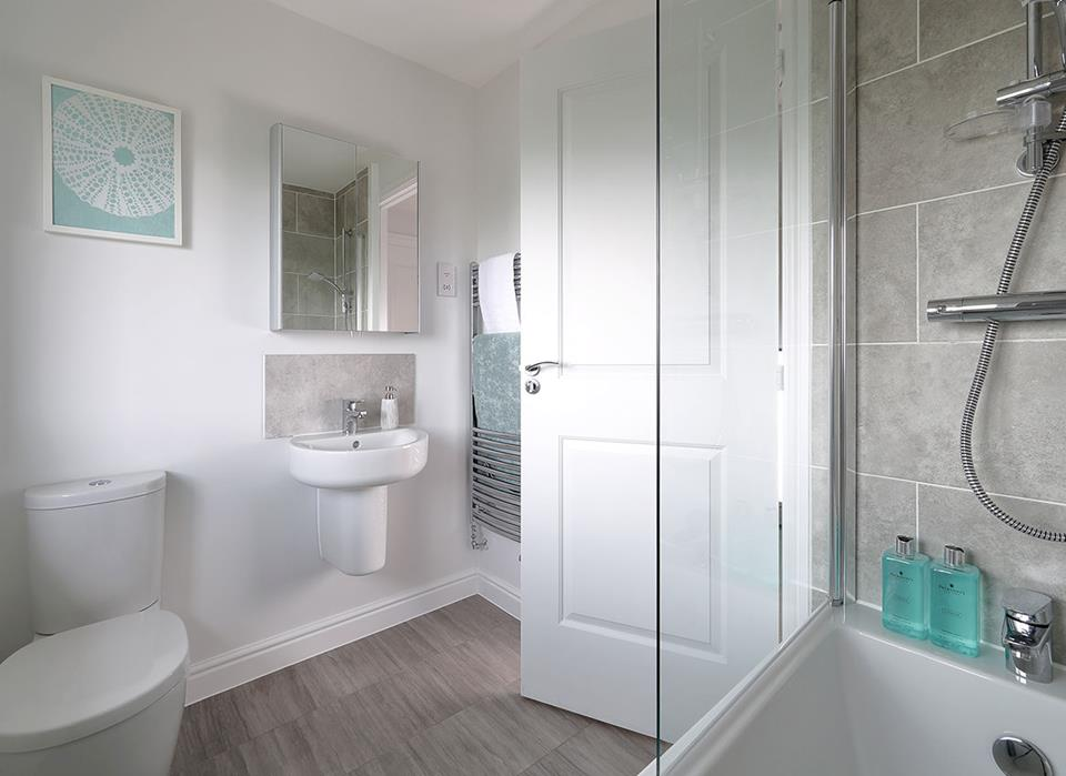 CranborneView-Amberley-Bathroom-38604
