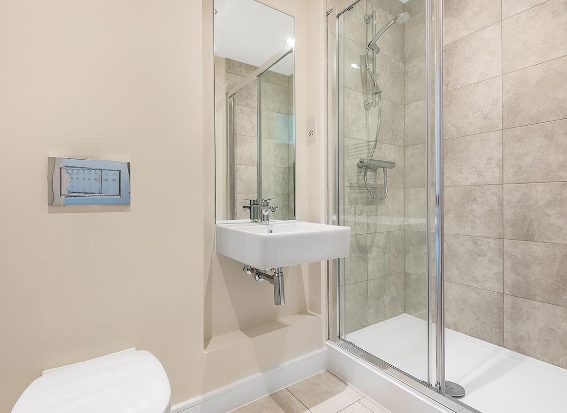 Bathroom-55367